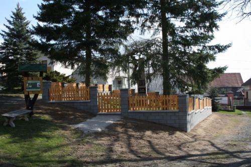 2010 - obnovený park upomníku padlým z1. sv.války